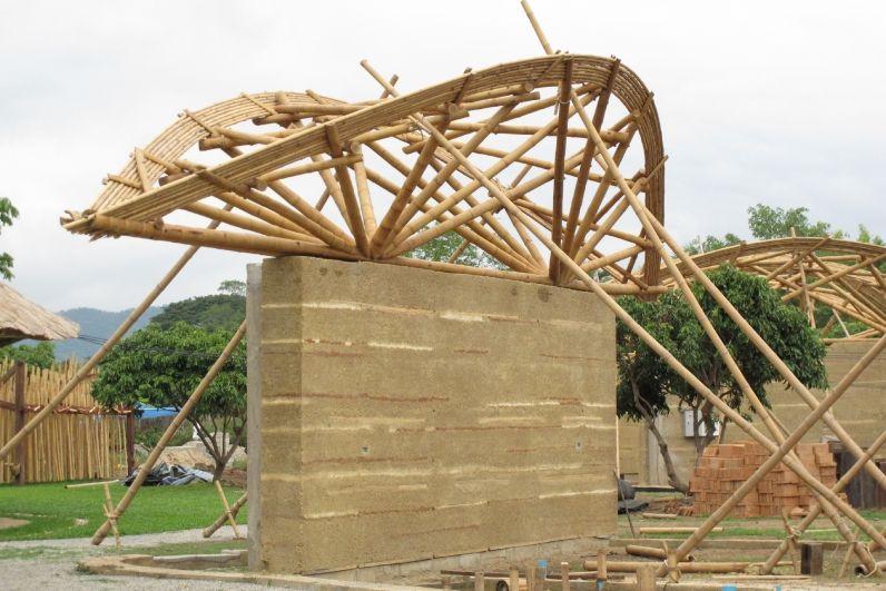 Bamboo Truss On Rammed Earth Wall Panyaden English