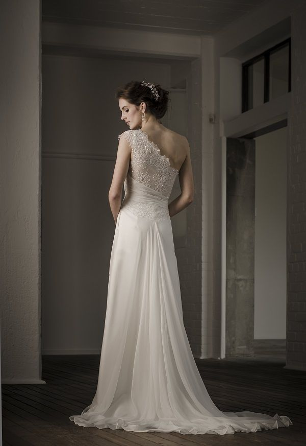Vinka Design Althea Wedding Gown