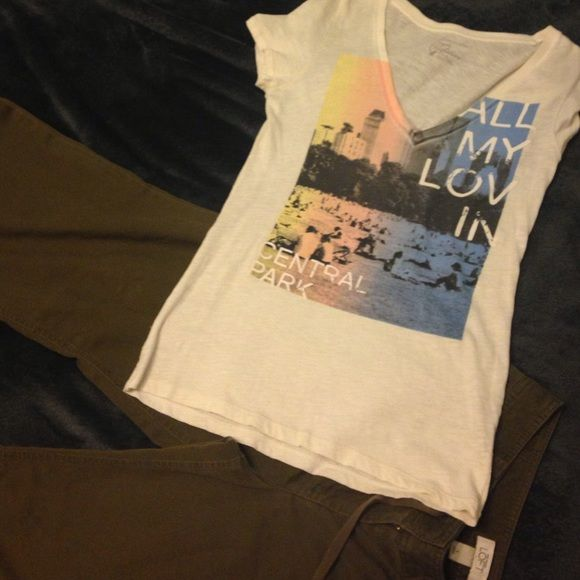 American Eagle t shirt Off white AEO t shirt. Very cute. Like new. American Eagle Outfitters Tops Tees - Short Sleeve