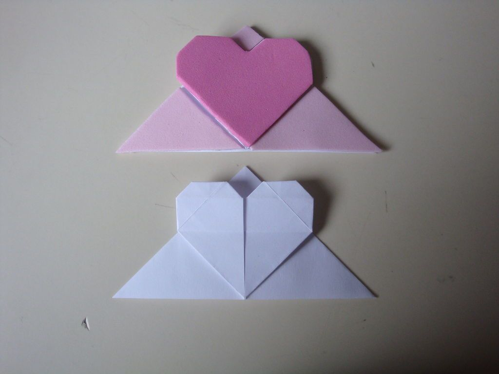 How to make an origami corner heart bookmark heart bookmark how to make an origami corner heart bookmark jeuxipadfo Image collections