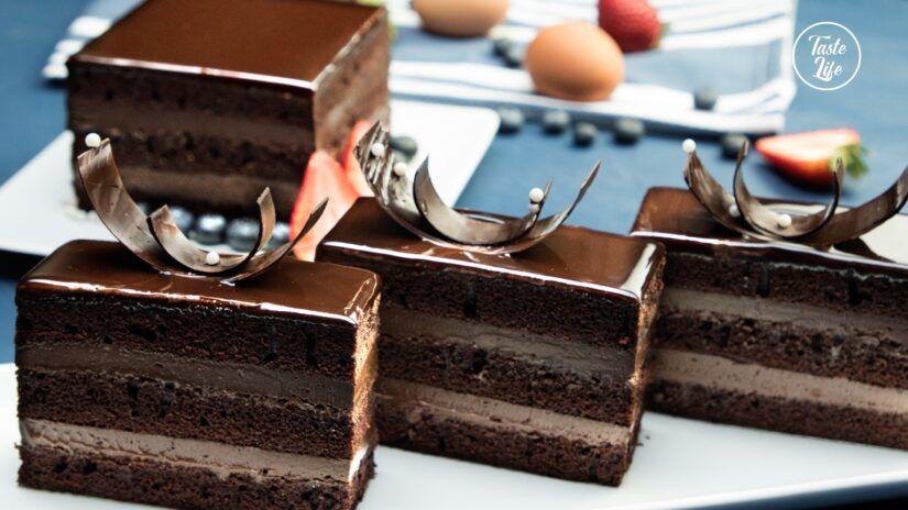 Amazing chocolate glazed cake taste show in 2020