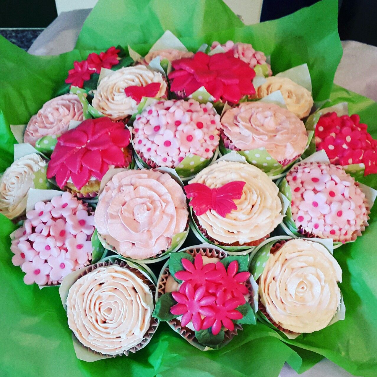 Cupcake flower bouquet   My Cakes   Pinterest   Cupcake flower ...
