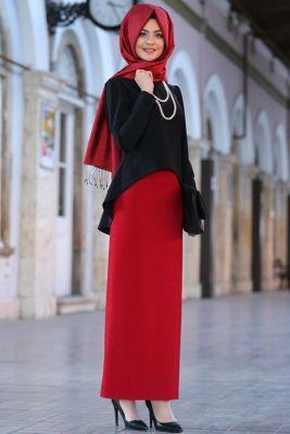 62f31aee9173a Pınar Şems Kırmızı Kalem Etek Arap Modası, Islami Moda, Müslüman Modası,  Türban Kıyafetler