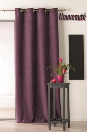 tissu occultant thermique elegant ce rideau bleu isolant est parfait dans une chambre parentale. Black Bedroom Furniture Sets. Home Design Ideas