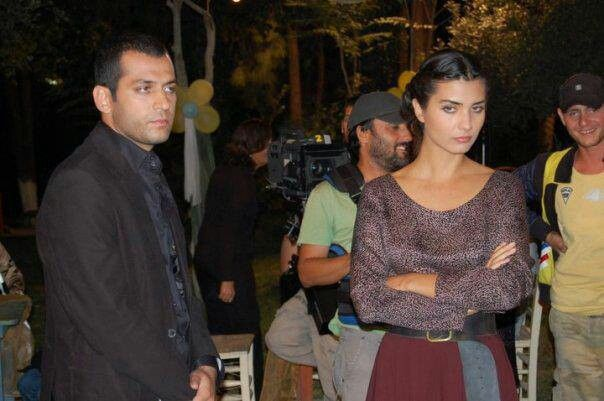 Asi And Demir In Love For Real Tuba I Murat: Tops, Robe, Shoulder