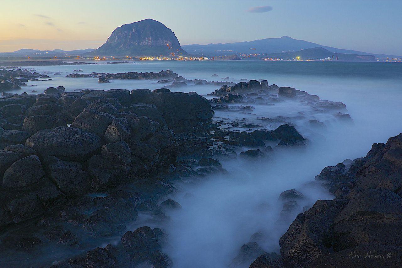 jeju - Ebb and Flow on Jeju Island by eric_hevesy