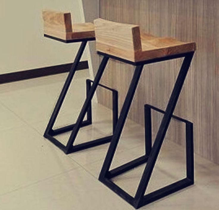 Creative American wood to do the old wrought iron bar stool