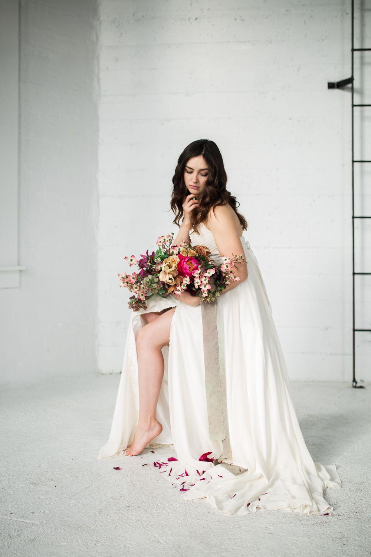 Simple Elegant Wedding Dress Inspiration Hannah Victoria Photography Simple Elegant Wedding Dress Natural Light Wedding Photos Wedding Dress Inspiration