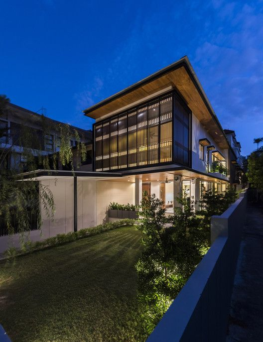 House with screens adx architects pinterest contemporary architecture arch and house
