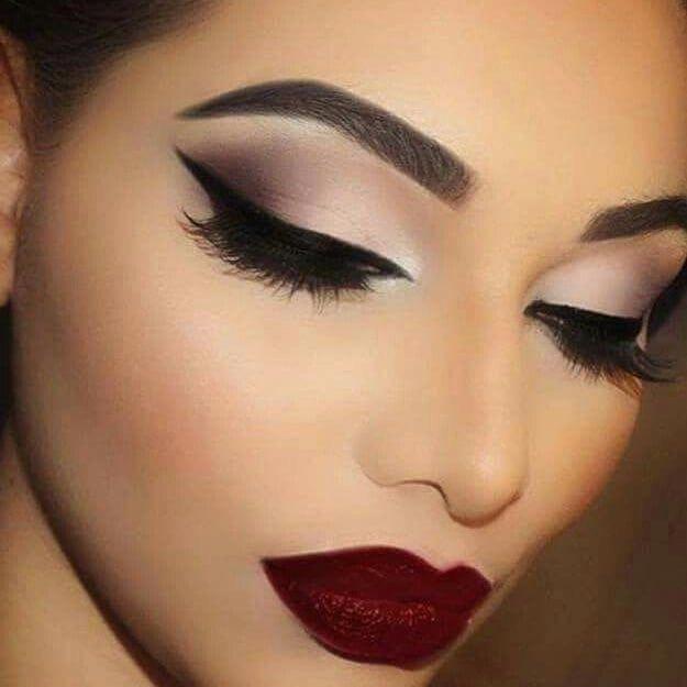 Machiaj De Seara Machiaj în 2019 Eye Makeup Beauty Makeup și