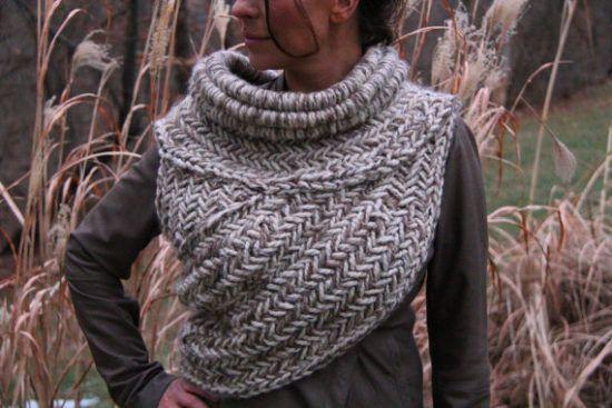 Katniss Crochet Cowl Free Pattern Plus Video Tutorial | Chal de ...