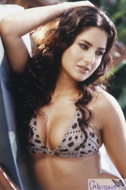 Katrina kaif sexy hot bikini