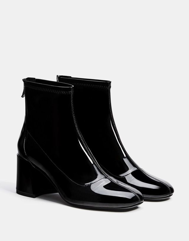 f1d0af2ab2e Mid-heel ankle boots with a patent finish - SHOES - Bershka United States