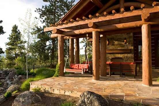 Very nice log home!