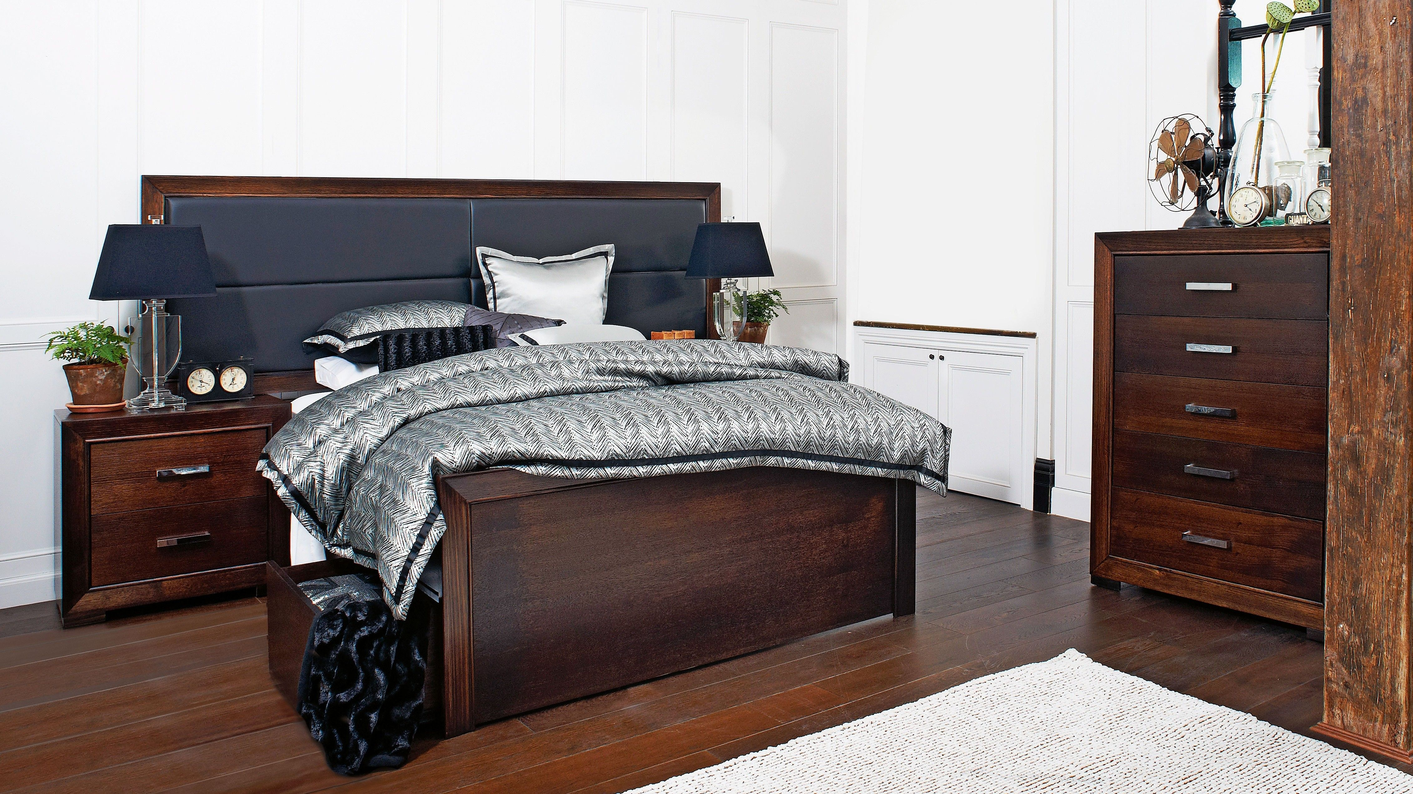 Best Hunter 3 Piece Extended Queen Bedroom Suite Queen 400 x 300