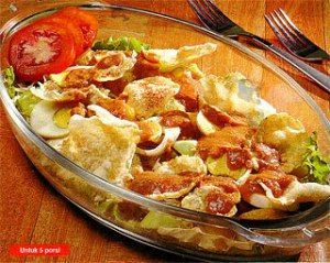 Rujak Pengantin Is A Complete Variety Of Asinan Betawi Used The Same Sauce Peanut Sauce Is Wate Resep Makanan India Resep Masakan Indonesia Masakan Indonesia