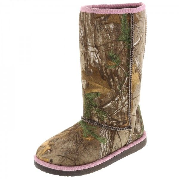 Pink Realtree Camo Shoes | Payless offers girls camo boots, as well as clogs and moccasins.