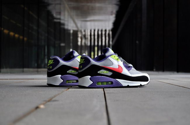 a2b1aefdb20a Nike Air Max 90 x Foot Locker - I am the Rules. Want these. BAD ...