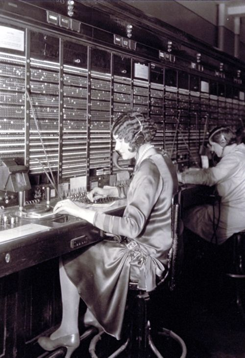 Switchboard operators. Photo by Lewis Hine, 1922