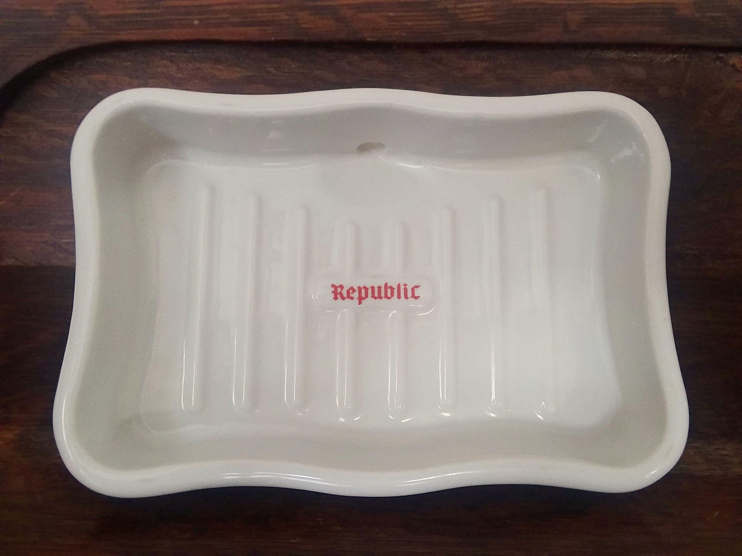 Vintage Republic Porcelain Sink Mount Soap Dish By Springhousecottage On Etsy Porcelain Sink Dish Soap Ceramic Soap Dish
