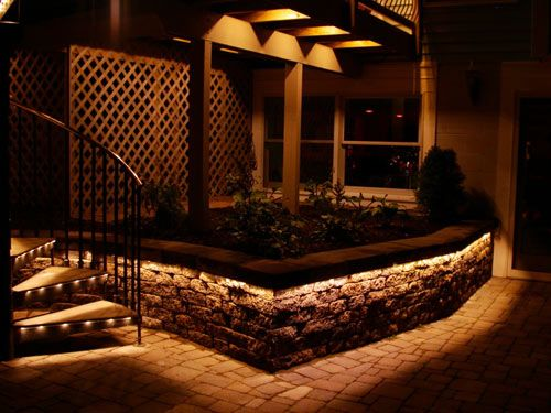 Lighting For The Lower Patio S Retaining Wall Shows Off The Brick Work Diy Outdoor Lighting Led Outdoor Lighting Outdoor Lighting