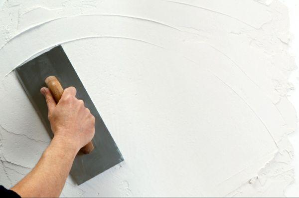 Wände Verputzen - die Streichputz-Mischung selber machen Bad - badezimmer renovieren selber machen