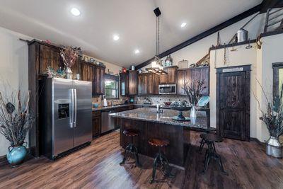 Beautiful Custom Barndominium Perfect For Aggie Sp