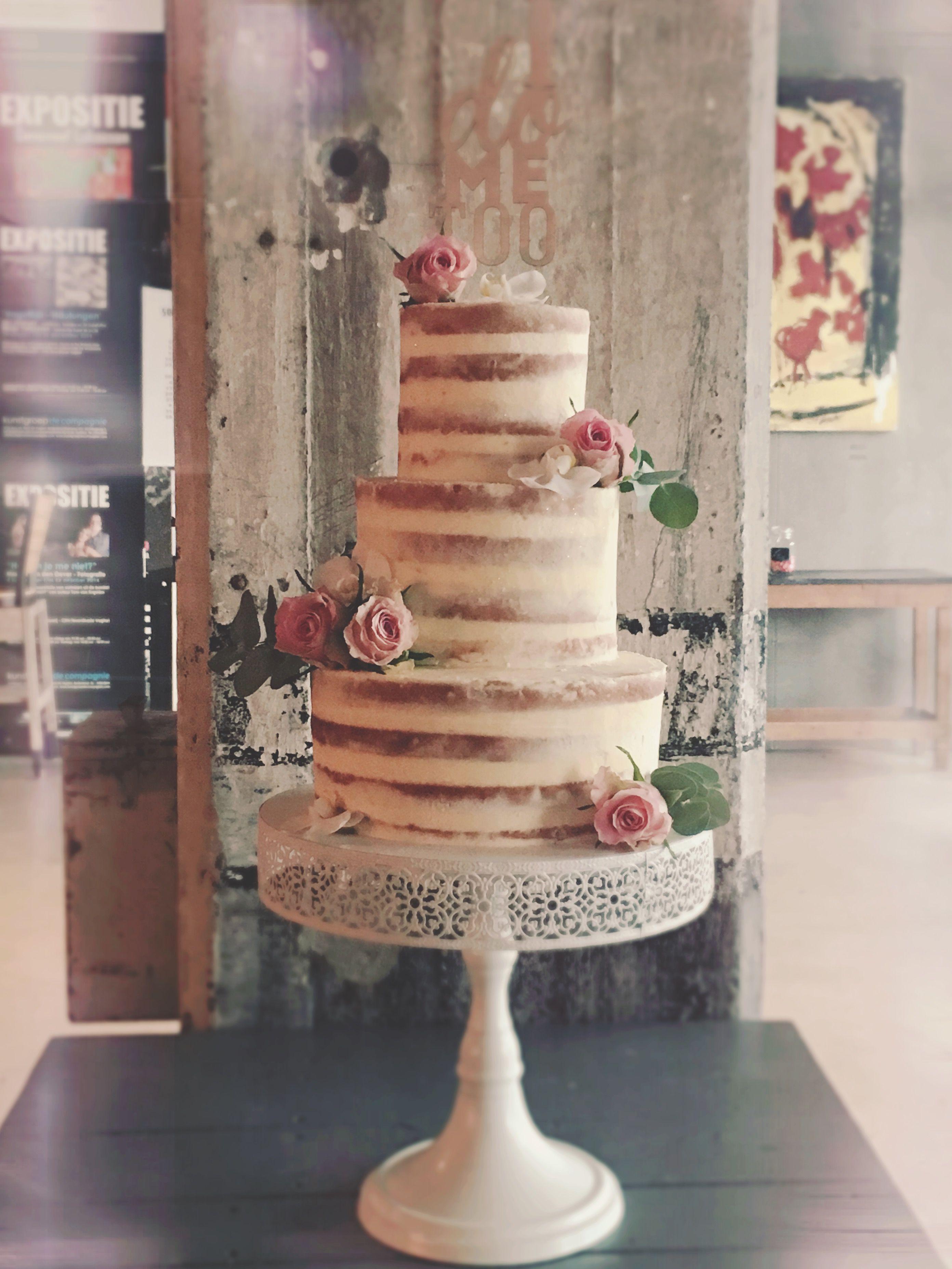 Bruidstaart - Semi naked cake met fruit (Pagina 1