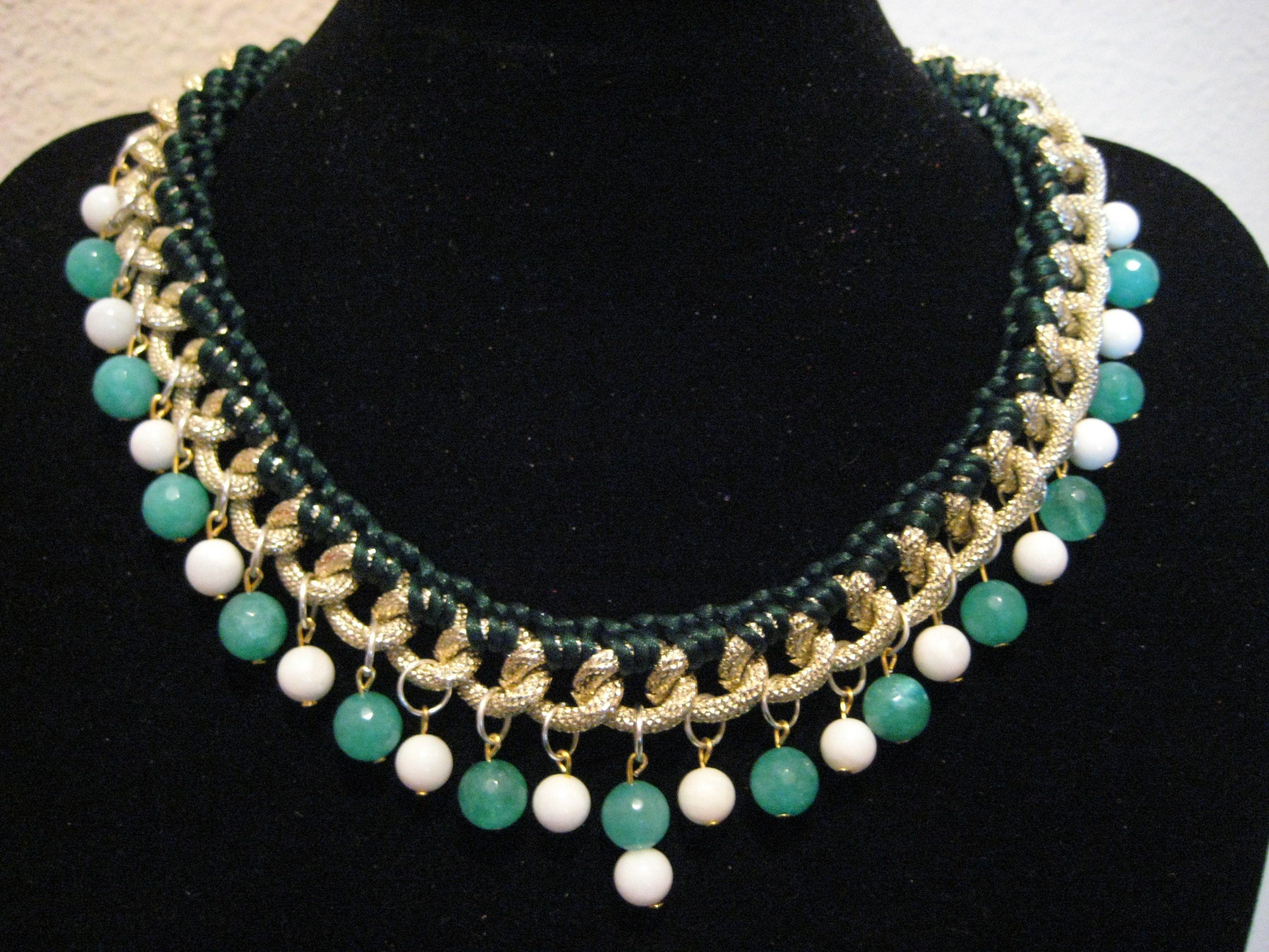 Collar emerald collar confeccionado con cadena en brillo for Piedras naturales