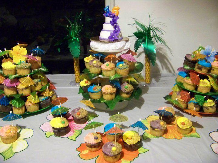 Sweet 16 Luau Cupcakes And Mini Cake Cute Idea For Ashley