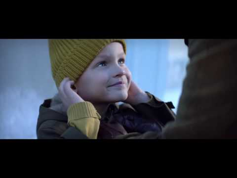 Youtube Bouyges Christmas 2020 60) The Season's Best Holiday Ad   Bouygues Christmas 2018 (still
