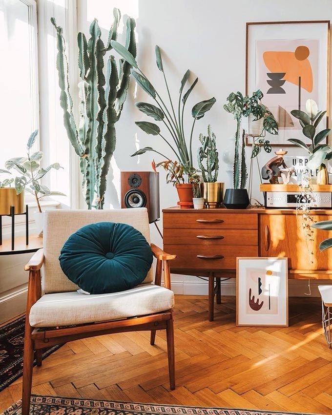 Rustic Wood With Abstract Art And Velvet Pillow Modern Boho Living Room Living Room Warm Boho Living Room