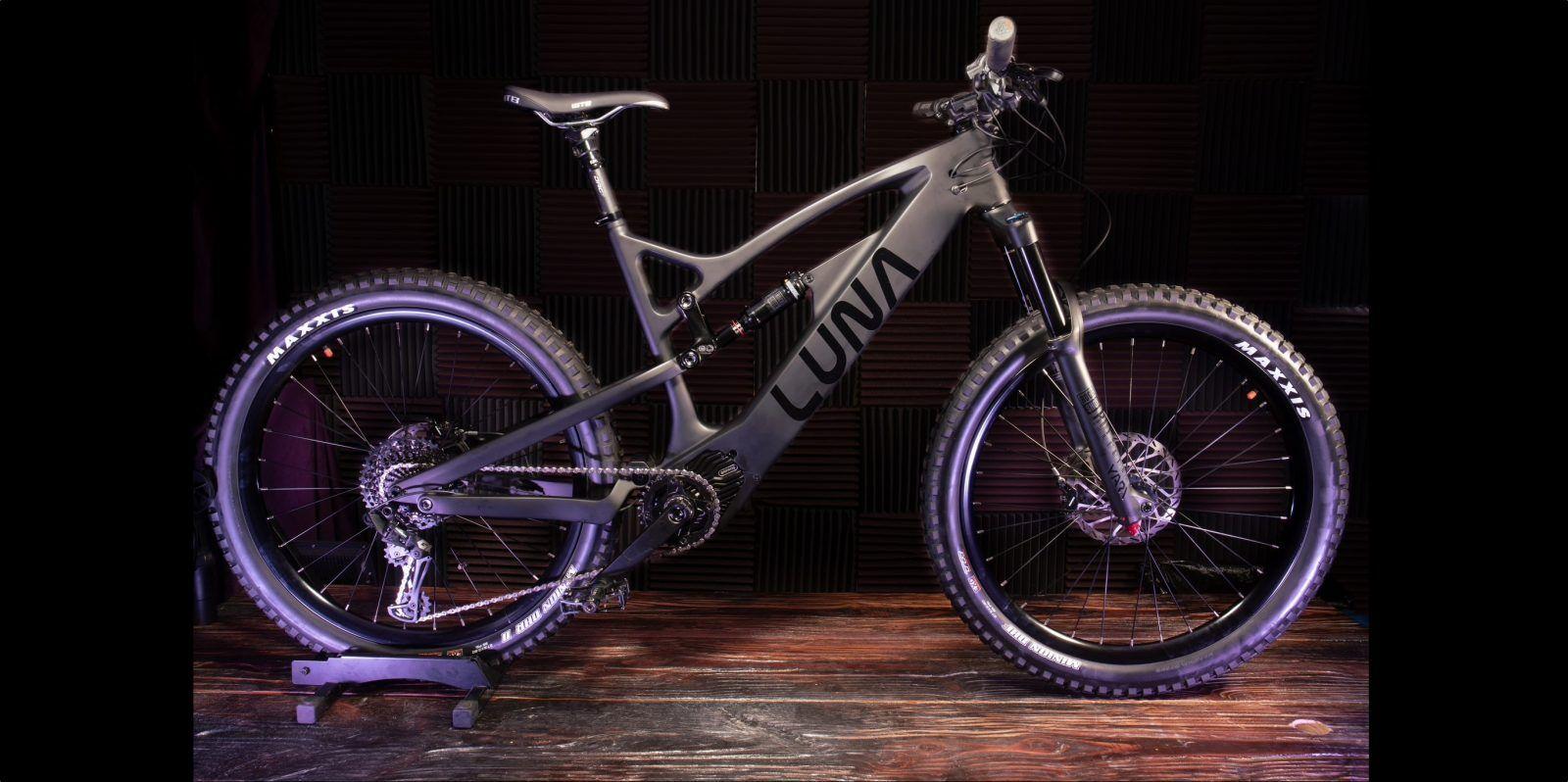 Luna S New Ludicruous Mode 2 000 W Enduro E Bike Has Shockingly