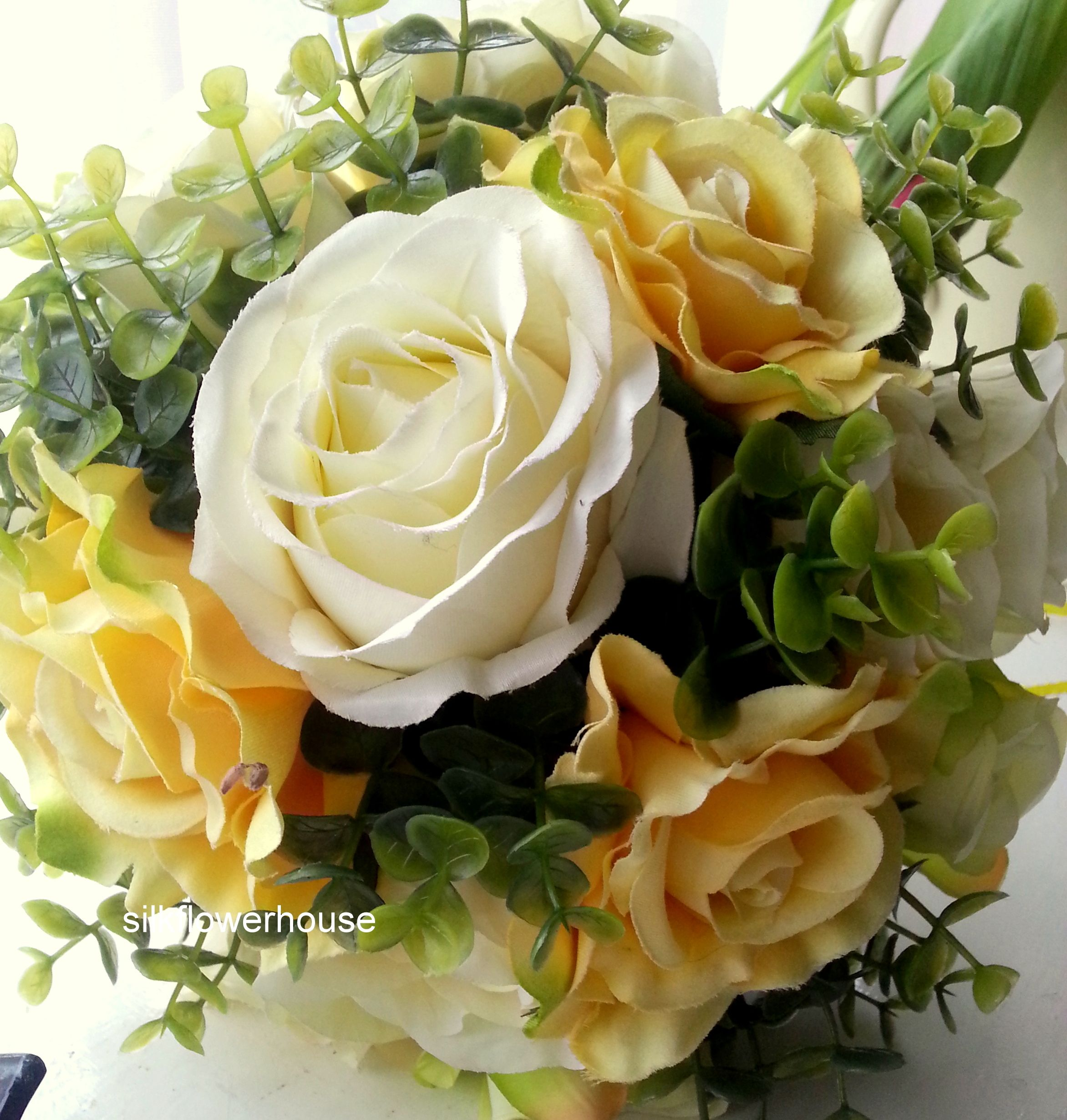 Artificial Rose Bridal Bouquet Silk Roses In Pale Lemon And Golden Yellow Www Silkflowerhouse Com Flowers Uk Rose Bridal Bouquet Artificial Flowers