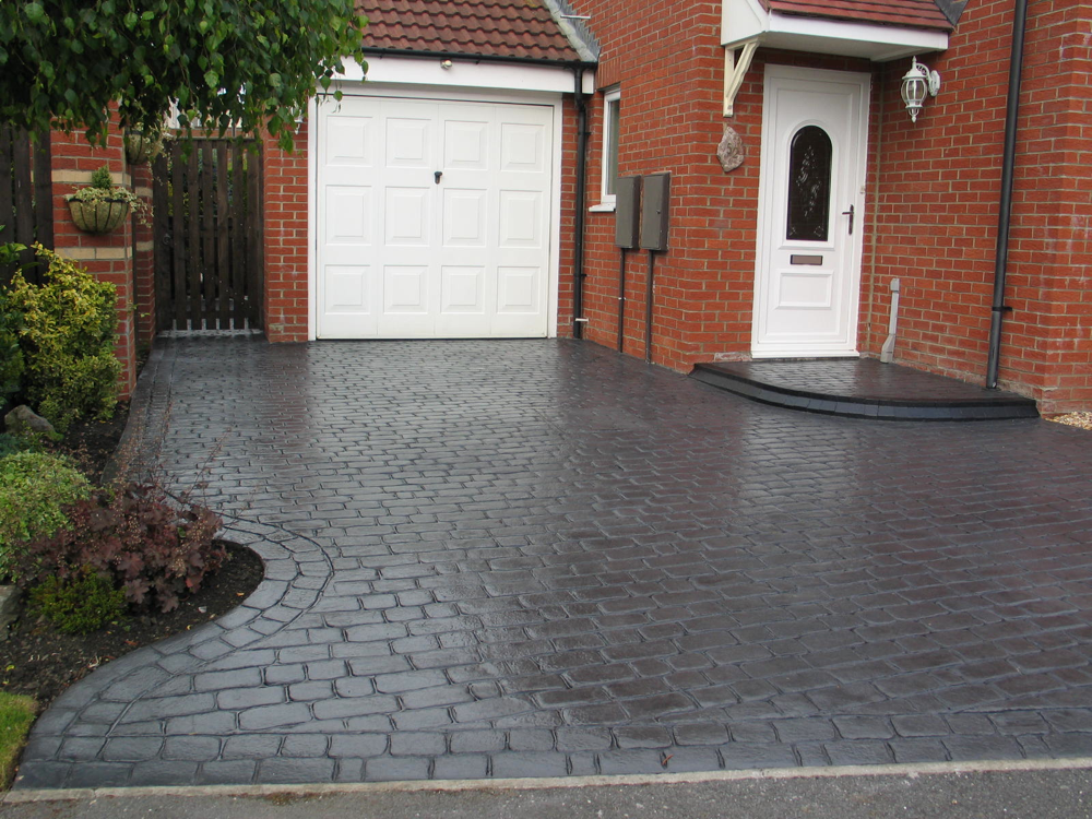 Stamped Concrete Country Cobble Drive And Path Basalt Grey