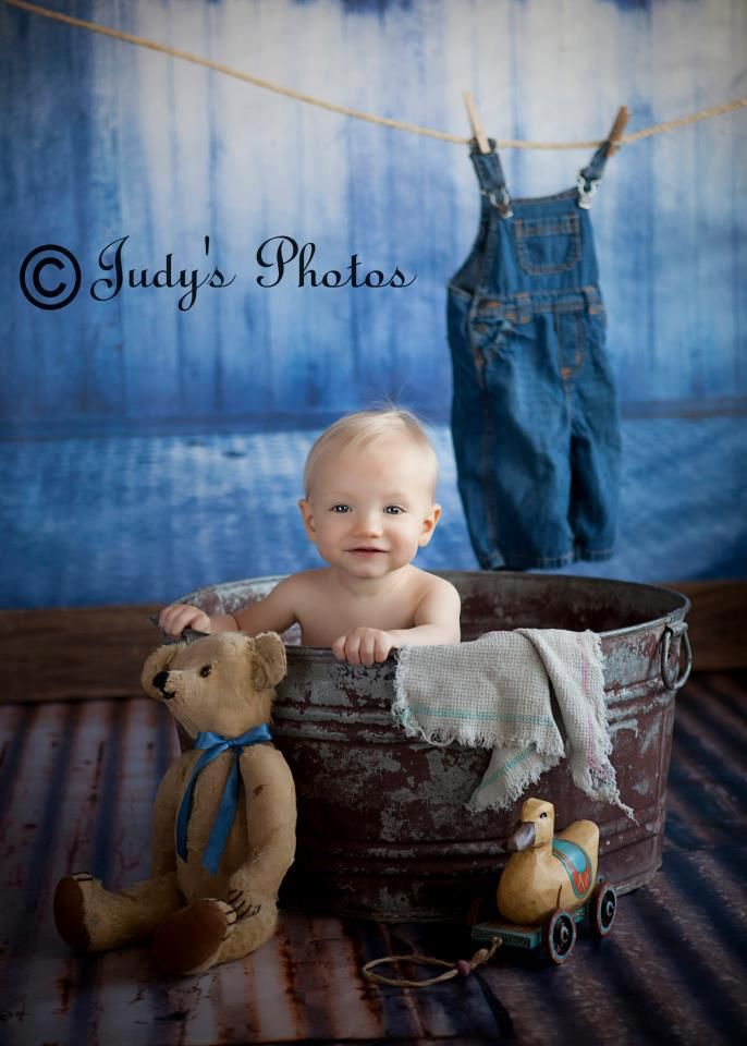 Baby in a tub set up, still adorable | Portraits | Pinterest | Tubs ...