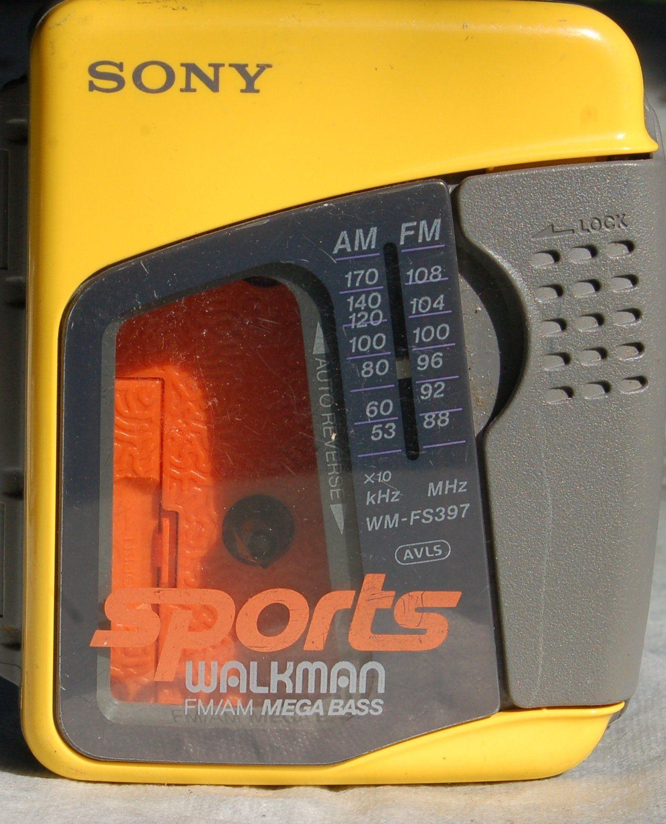 SONY Sports WALKMAN AM/FM Cassette WMFS397