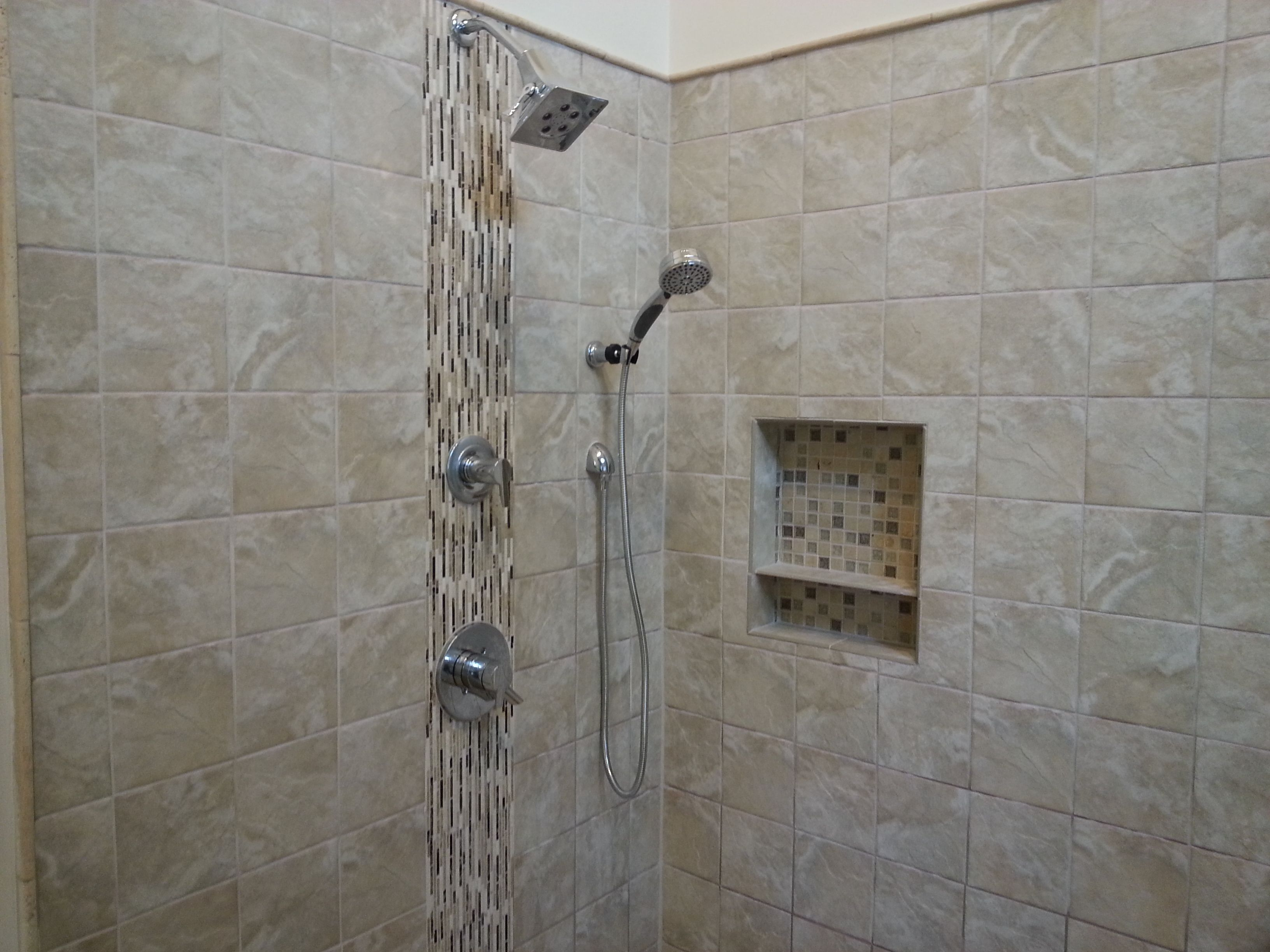Porcelain Shower Tile Vertical Gl Design With Built In