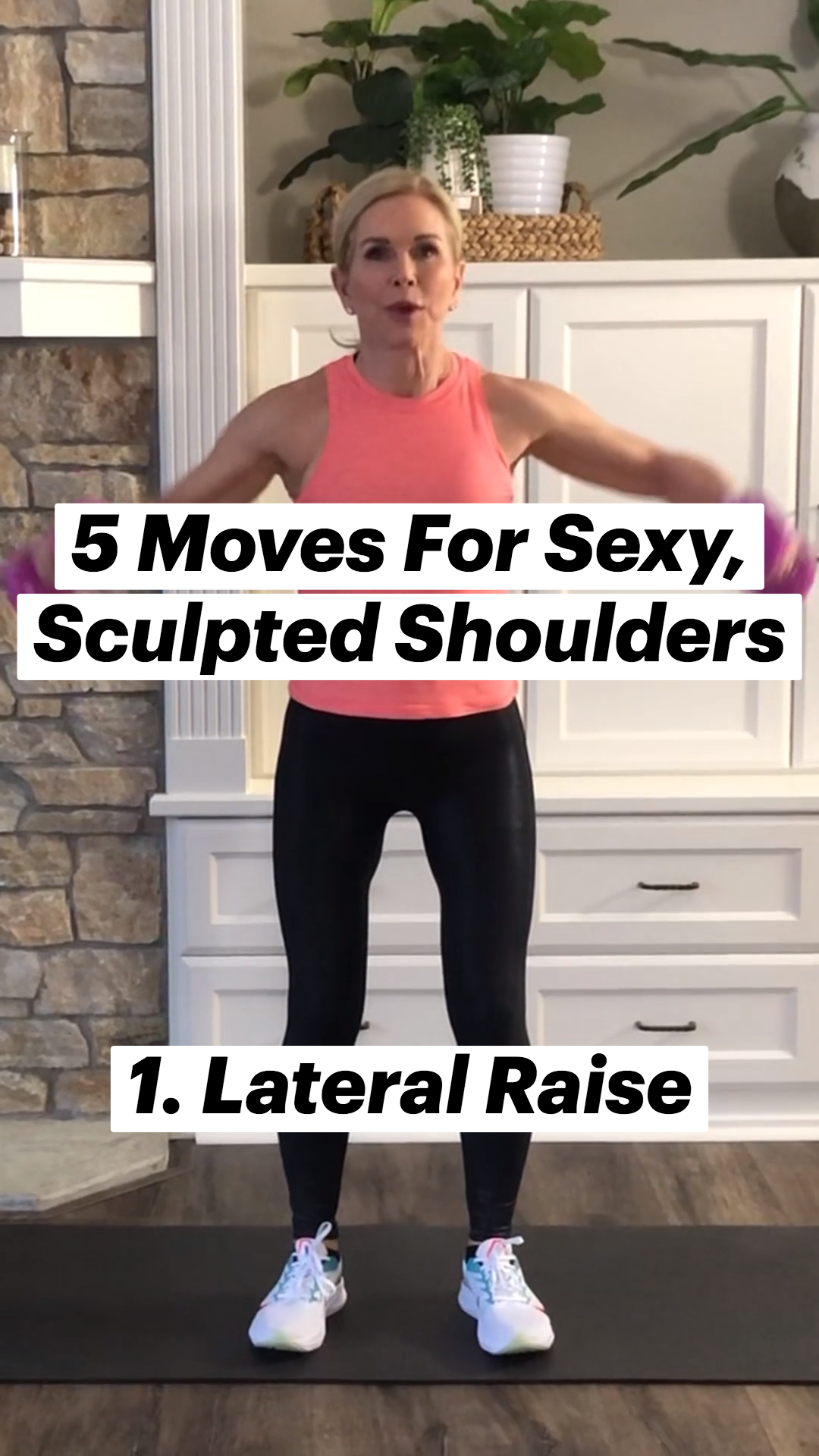 5 Moves For Sexy, Sculpted Shoulders