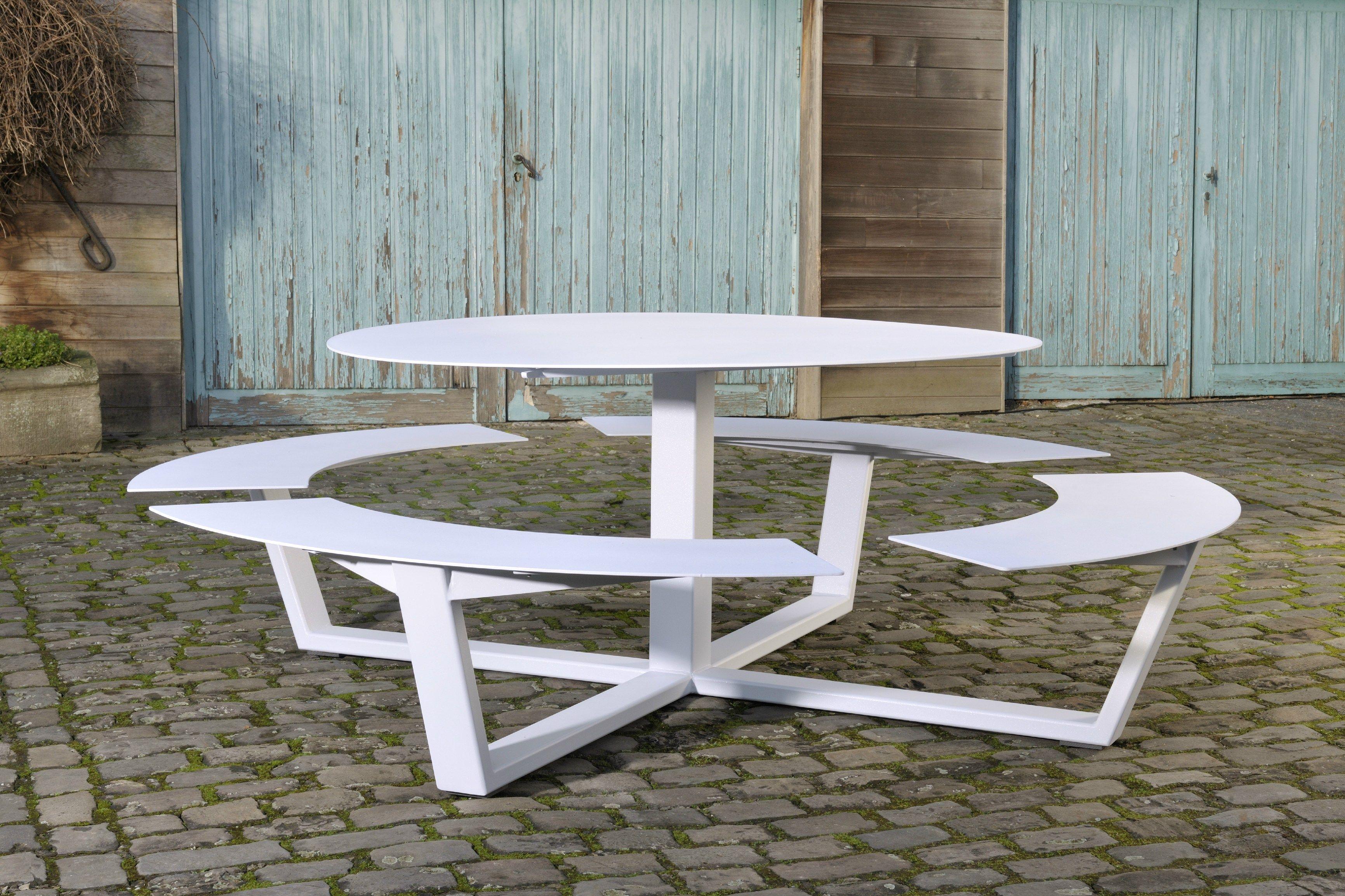 Table pour pique-nique ronde avec bancs intégrés LA GRANDE RONDE by ...