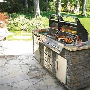 Napoleon Grill In An Outdoor Kitchen Outdoor Kitchen Outdoor Outdoor Grills