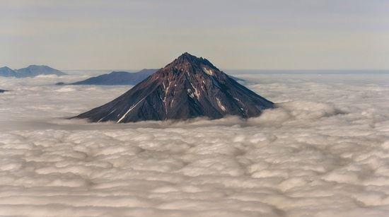 Kamchatka volcanoes, Russia, photo 3
