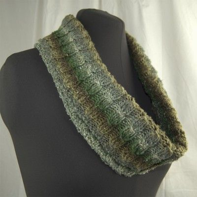 Cascade Yarns W505 Tangier Cowl Free Knitted Cowls Pinterest