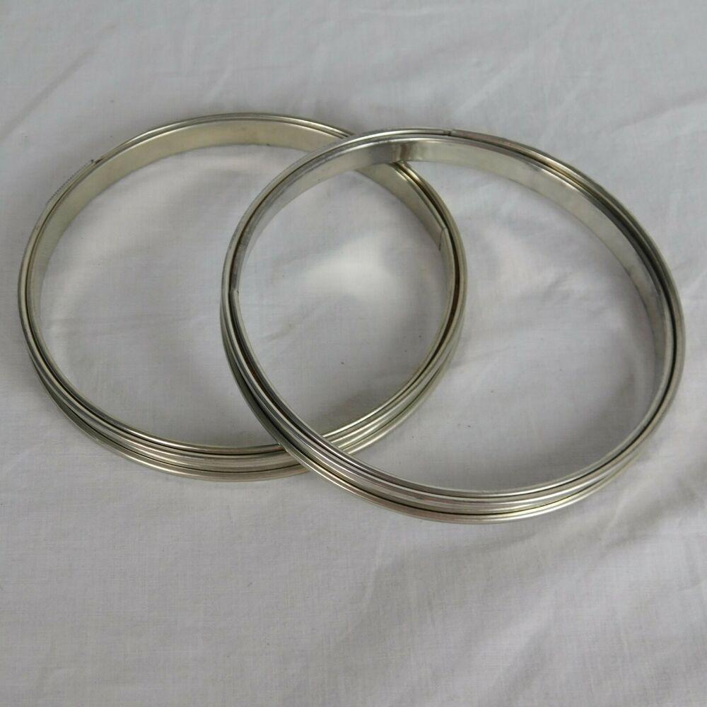 "Vintage 4/""  Round Metal /& Cork Lined Spring Loaded Tension Embroidery Hoop"