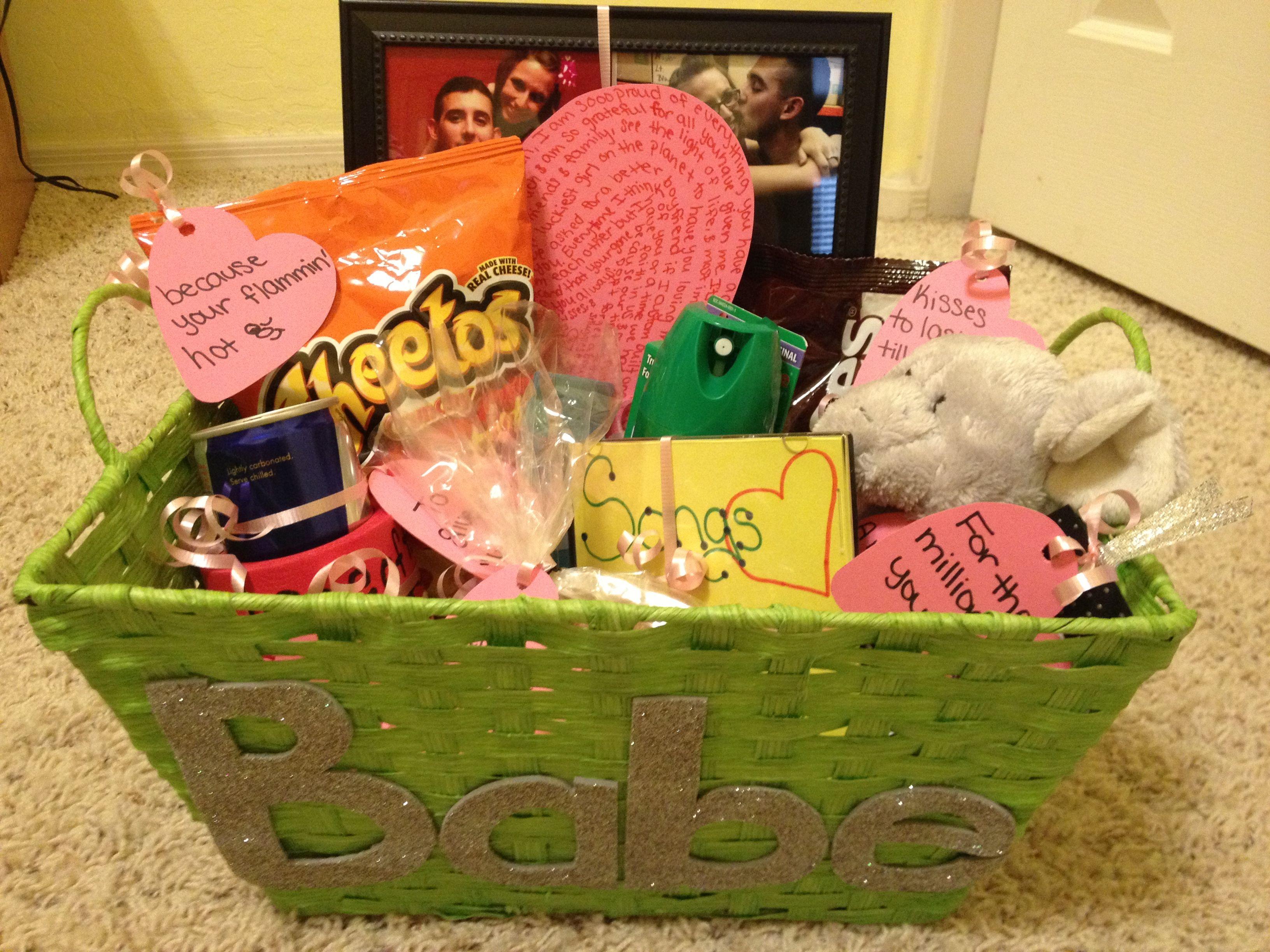 Going Away Basket Boyfriend College Gifts Diy Gifts