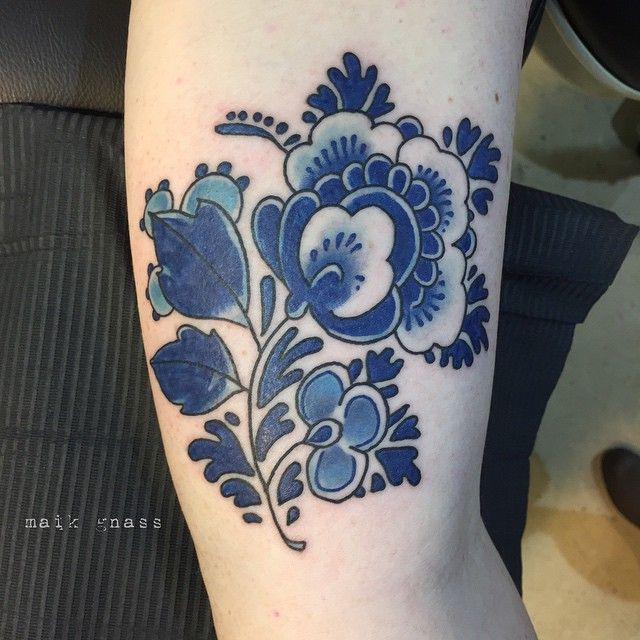 Pin By Laura Pucik On Tattoo Likes Blue Tattoo Blue