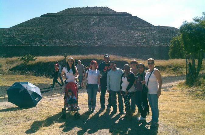 2 Day Private Tour Teotihuacan Pyramids Xochimilco And Guadalupe Shrine Make The Best Of Your Two Days In Mexico Teotihuacan Pyramid Teotihuacan Mexico Hotels