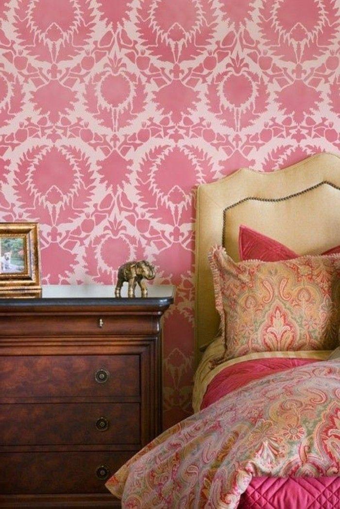1001 Idees Pour Booster Votre Interieur Avec Le Rose Framboise Chambre Design Mur De Chambre Decoration Chambre