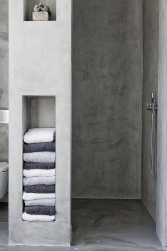 A touch of luxe plastered concrete shelves in the for Visillos para banos