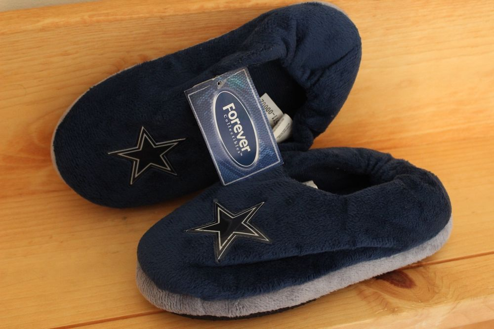 dallas cowboys bedroom slippers forever collectibles nfl youth kids